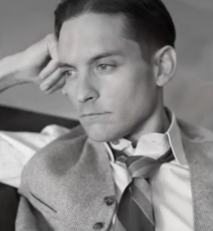 Tobey Maguire The Great Gatsby 2013 - fashion in film.PNG